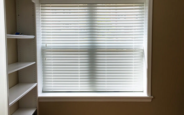 blinds bend oregon shades white stained painted everwood wood blinds classic high traffic humidity moisture antibend anti everwood wood blinds bucks county